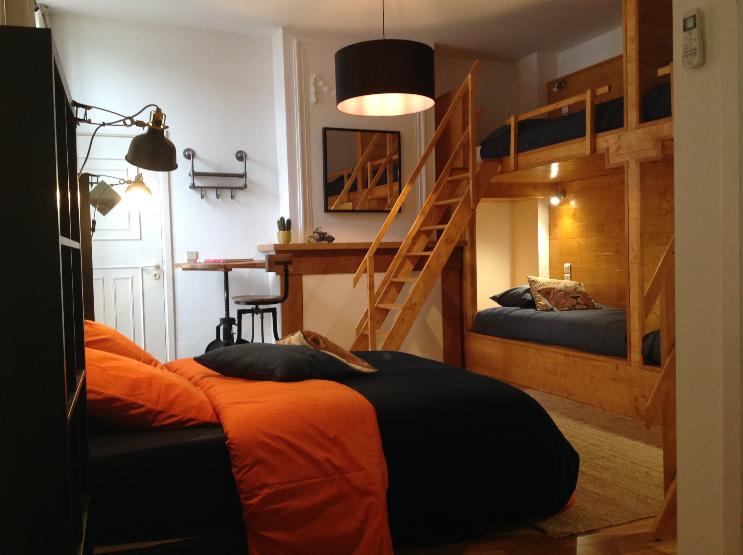 Backpackers room beds