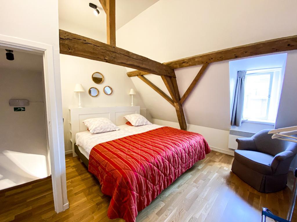 flat 2 room 2